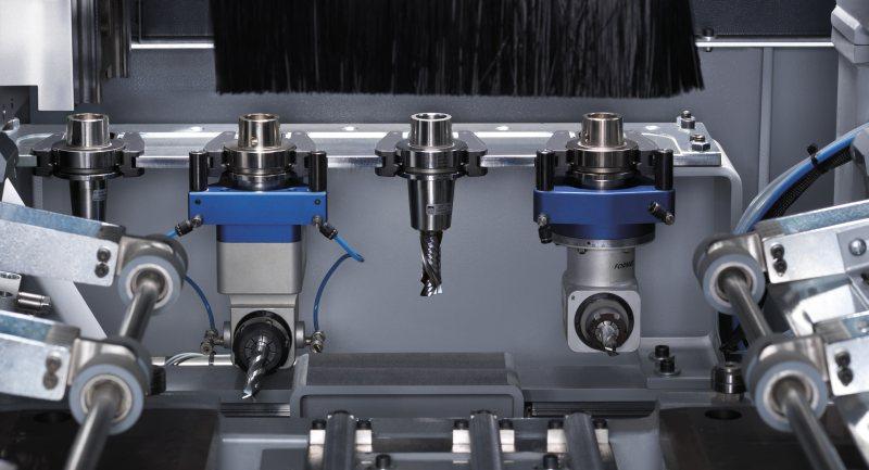 Der Linearwechsler sorgt für einen besonders schnellen Werkzeug- und Aggregatwechsel. Bild: Felder