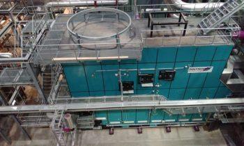 Die Feuerungsanlagen von Polytechnik, jeweils mit adiabater Brennkammer und hydraulisch betätigtem Vorschubrost, bilden das Herzstück der Anlage. Bild: Polytechnik